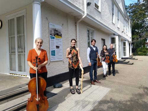 musicians along side lauderdale house